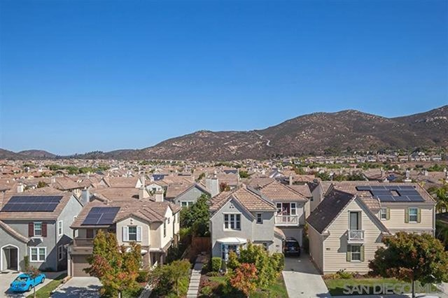 16912 Laurel Hill Ln #122, San Diego home for sale